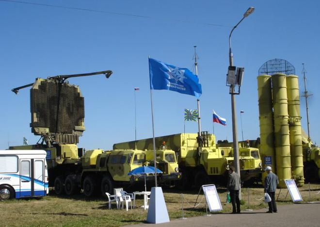 S-300 Nga khiến Israel giận sôi máu, trút cơn thịnh nộ xuống đầu Syria? - Ảnh 1.