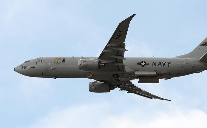 """Su-35 Nga """"truy sát"""" máy bay tuần thám P-8A Poseidon tối tân của Mỹ: Căng thẳng leo thang"""