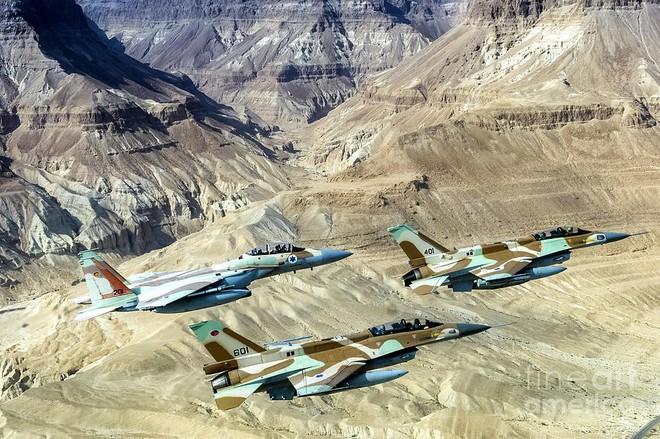 Su-35 có nguy cơ tham chiến với KQ Israel: Cuộc chiến 6 ngày mới sẽ rất đẫm máu? - Ảnh 4.