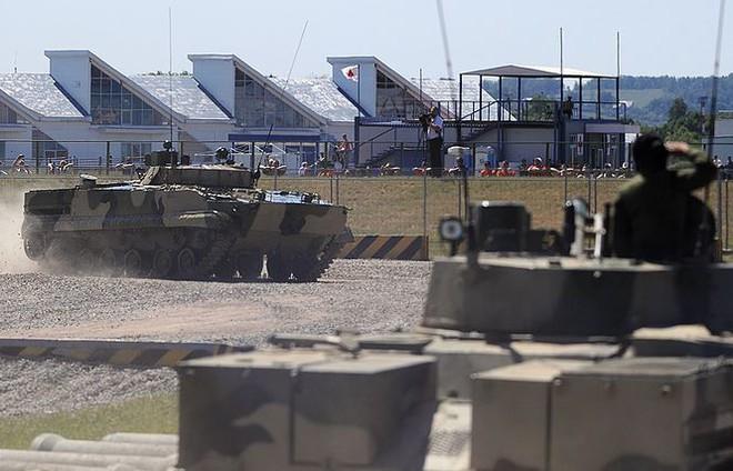 Hé lộ những thiết bị quân sự tối tân được Nga mang đến Army-2019 - Ảnh 3.