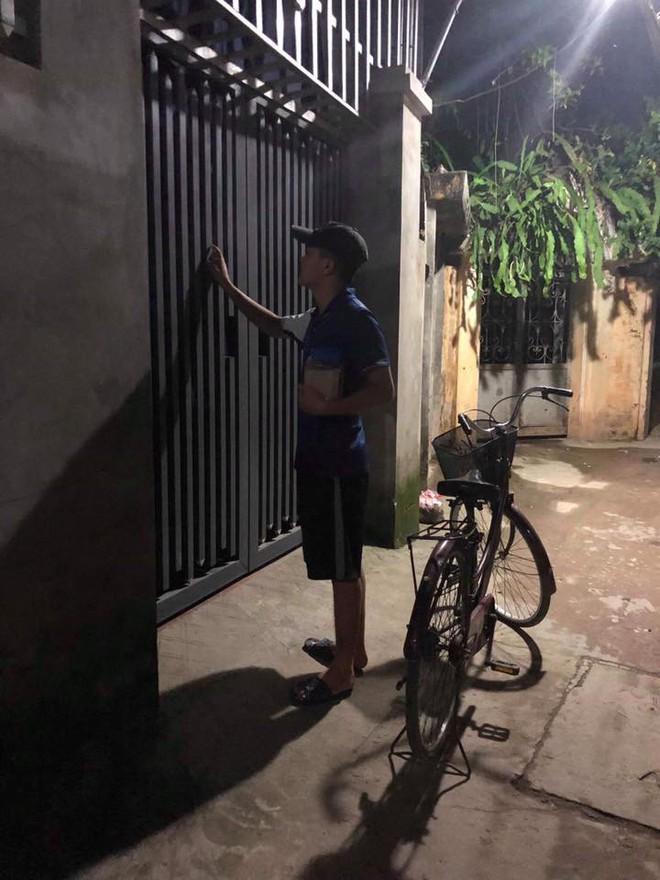 Mải xem ĐT Việt Nam đá, thanh niên mắc lỗi với bạn gái và cách giải quyết thêm dầu vào lửa - Ảnh 1.