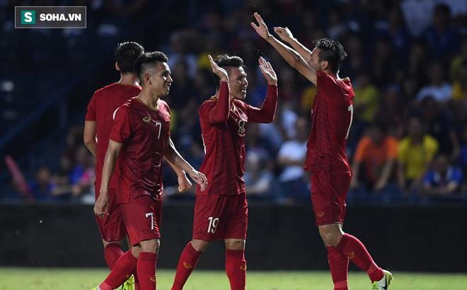 U23 Việt Nam đá ở SVĐ may mắn, fan Thái than phiền: