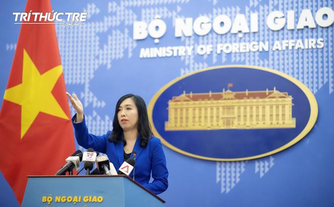 """Việt Nam gửi công hàm tới ĐSQ Singapore về phát ngôn Việt Nam """"xâm lược"""" Campuchia của Thủ tướng Lý Hiển Long"""