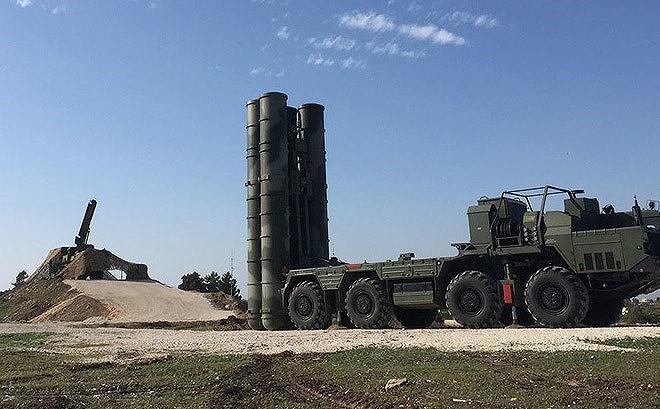 """Chê S-400 """"vừa mù, vừa điếc"""", từ chối mua Su-57: Ấn Độ đang ruồng rẫy vũ khí Nga?"""