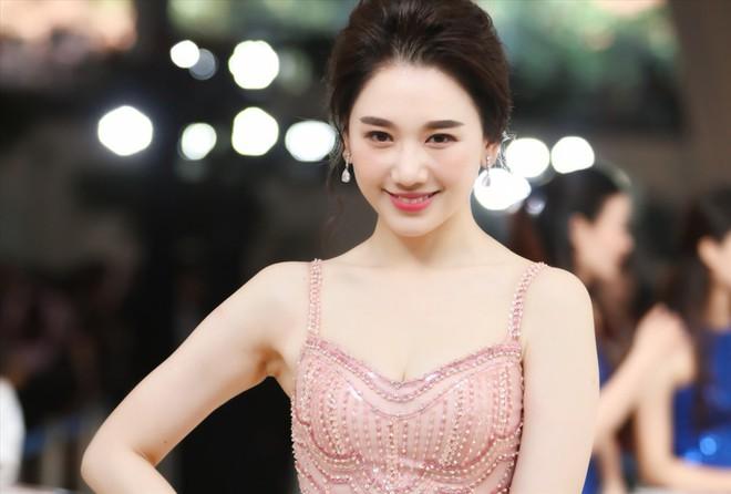 Hari Won: Hàn Quốc cho tôi nhiều cơ hội hơn nhưng tôi không muốn xa Trấn Thành vì còn yêu nhiều - Ảnh 5.
