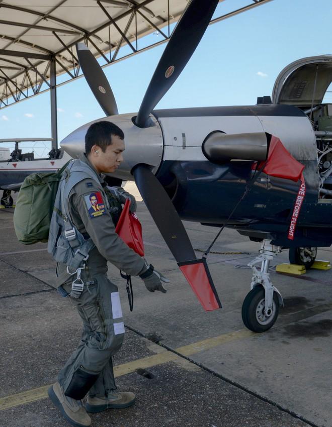 Phi công quân sự Việt Nam mở ra trang sử mới cùng 167 giờ bay cùng phi cơ T-6 tại Mỹ - Ảnh 5.