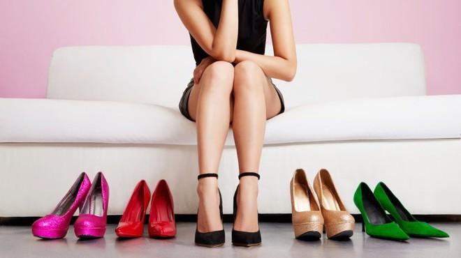 Những nguyên do bất ngờ khiến phái nữ không thể lên đỉnh, trong đó có cả việc… đi giày cao gót - Ảnh 1.