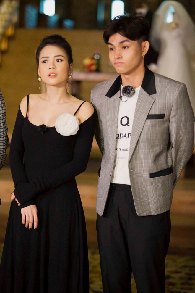 Màn hôn nhau táo bạo chưa từng có trên truyền hình giữa diễn viên Sam và Jun Phạm - Ảnh 5.