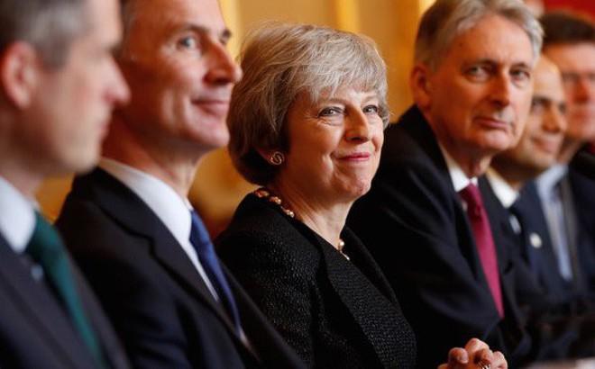 Nóng cuộc chạy đua vào chức Thủ tướng Anh