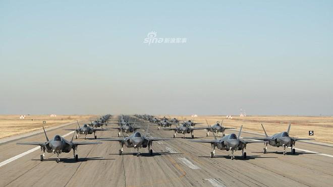Nga ngước nhìn khi phi đội F-35 Mỹ đã lên tới 400 chiếc, đạt mốc 200.000 giờ bay - Ảnh 3.