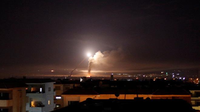 Tên lửa Nga bắn trượt máy bay Israel nổ tan tành, S-300 Syria trơ mắt nhìn đất nước bị tấn công - Ảnh 5.
