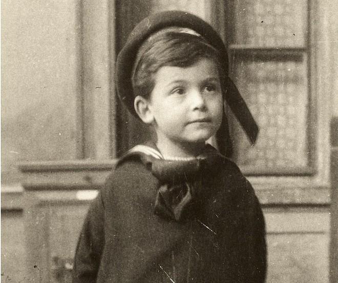 Cuộc đời người đàn ông có IQ cao nhất thế giới: Từ đứa trẻ bị chín ép bởi kỳ vọng của bố mẹ đến bi kịch đến từ 2 chữ thần đồng - Ảnh 1.