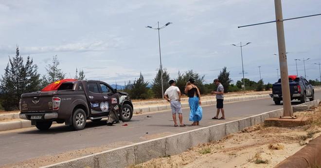 Hàng chục xe bán tải Nissan chặn đường, tổ chức đua xe trái phép ở Quảng Bình - Ảnh 1.