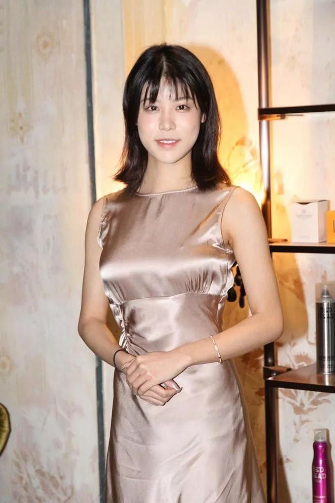 Nhan sắc gây thất vọng của dàn thí sinh top 15 Hoa hậu Hong Kong - Ảnh 5.