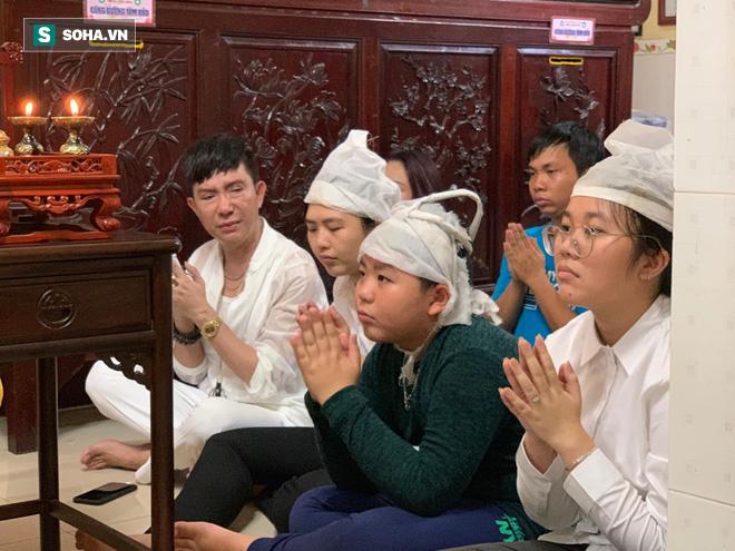 Long Nhật đau xót kể về cuộc sống của con trai cố ca sĩ Vương Bảo Tuấn - Ảnh 2.
