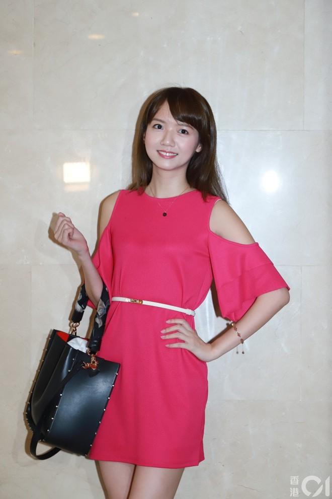 Nhan sắc gây thất vọng của dàn thí sinh top 15 Hoa hậu Hong Kong - Ảnh 7.