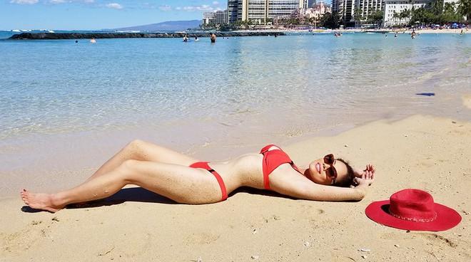 Hồ Lệ Thu diện bikini khoe thân hình nóng bỏng ở tuổi U50 - Ảnh 6.