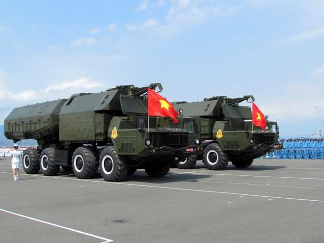Nga chào hàng tổ hợp tên lửa bờ thay thế 4K51 Rubezh, Việt Nam có quan tâm? - Ảnh 1.