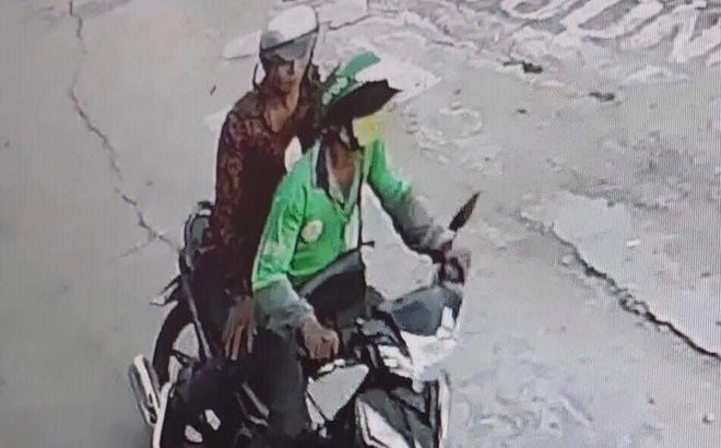 Nghi án tài xế GrabBike bị cứa cổ, cướp xe máy ở Sài Gòn