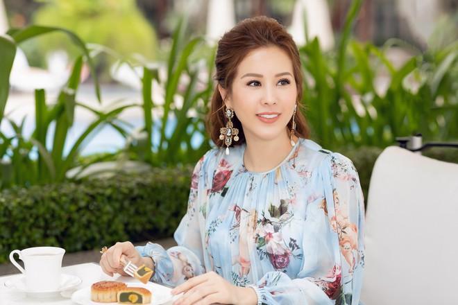 Hoa hậu - Doanh nhân Thu Hoài: Đồng tính thì sao? Con trai tôi đang tự lập, tự tin và hạnh phúc - Ảnh 7.