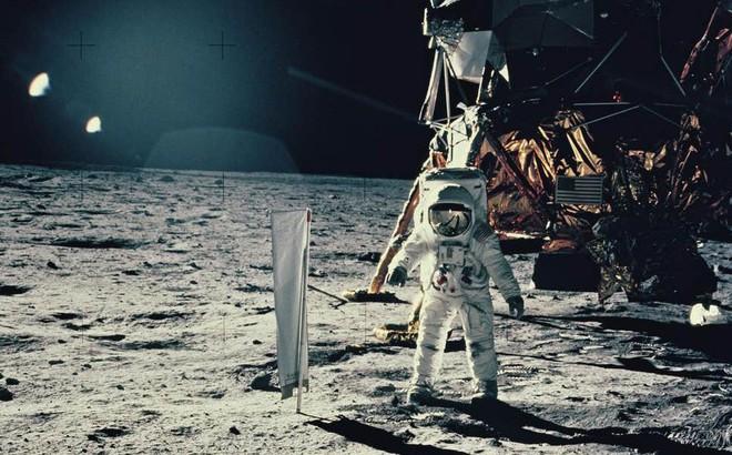 iPhone có thể đưa bạn lên mặt trăng không? Hóa ra chiếc smartphone trong túi bạn lại mạnh mẽ đến như vậy