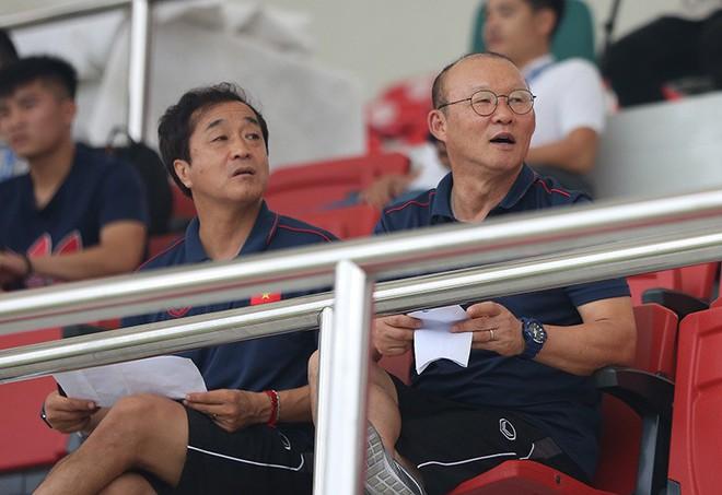 U23 Việt Nam đổi chiêu, ông Park hết lo gần lại lo xa - Ảnh 1.