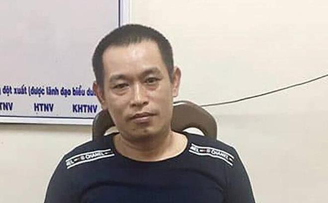 Kẻ cưa song sắt phòng giam ở Bình Thuận: Trinh sát ập vào bắt lúc 2h sáng, 2 tay vẫn cầm 2 con dao