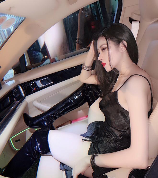 """Lộ ảnh quá khứ của """"gái xinh bên siêu xe"""" hot trên Instagram, dân tình gật gù: Để đẹp được cũng vất vả ghê! - Ảnh 12."""