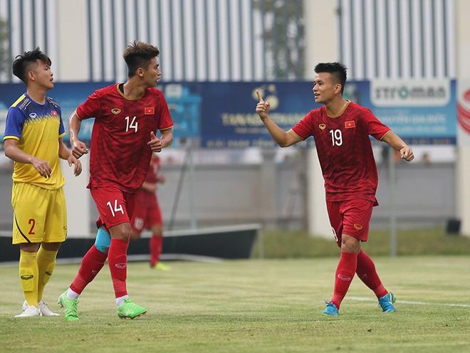 U23 Việt Nam đổi chiêu, ông Park hết lo gần lại lo xa - Ảnh 2.