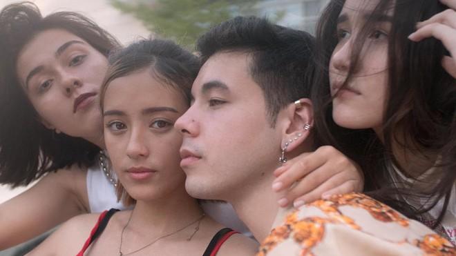 Bóc info từng gương mặt trong hội con lai đình đám nhất Sài Gòn: Thành viên nhỏ tuổi nhất sinh năm 2003, có người lai 5 dòng máu - Ảnh 9.