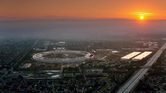 Trụ sở Apple là một trong những tòa nhà đắt nhất thế giới, lại có thể chống động đất nhờ công nghệ Nhật Bản - Ảnh 1.