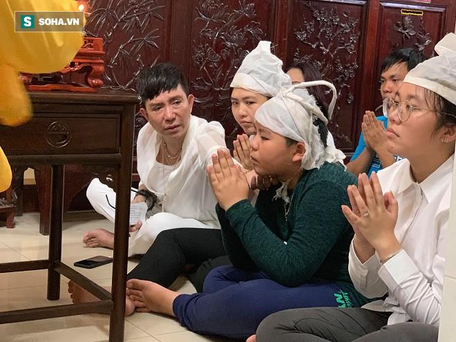 Long Nhật đau xót kể về cuộc sống của con trai cố ca sĩ Vương Bảo Tuấn - Ảnh 1.