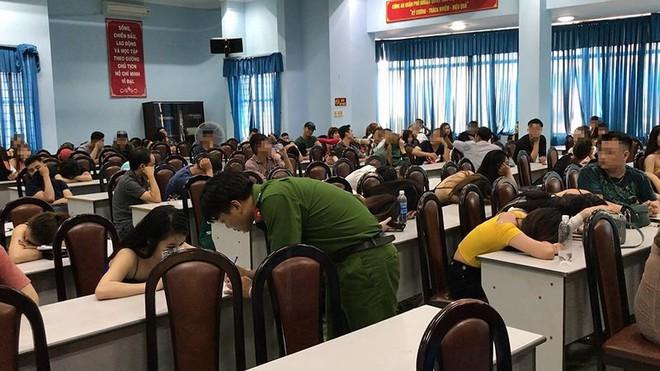 Nhiều người dương tính với ma túy trong bar 141 ở Phú Nhuận - Ảnh 1.