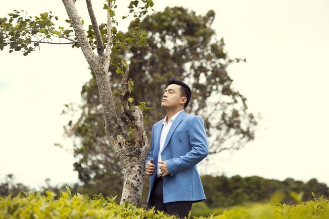 Lam Trường từng bị ám ảnh, trầm cảm nặng khi một fan nữ qua đời  - Ảnh 3.
