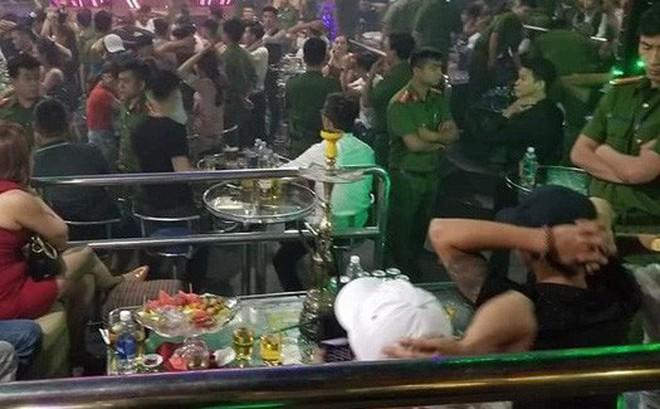 Đột kích quán bar lúc nửa đêm, phát hiện 40 dân chơi dương tính với ma tuý ở Hải Dương
