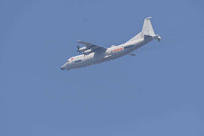 Không quân Trung Quốc biểu dương lực lượng hoành tráng trước lễ duyệt binh - ảnh 11