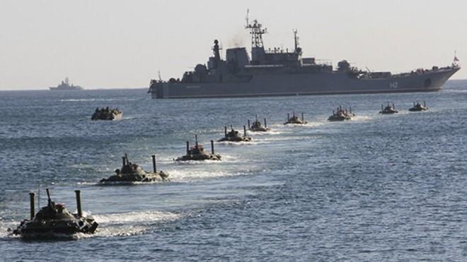Tướng Ukraine ca ngợi cuộc tập trận quy mô lớn của Nga ở Crimea - Ảnh 1.