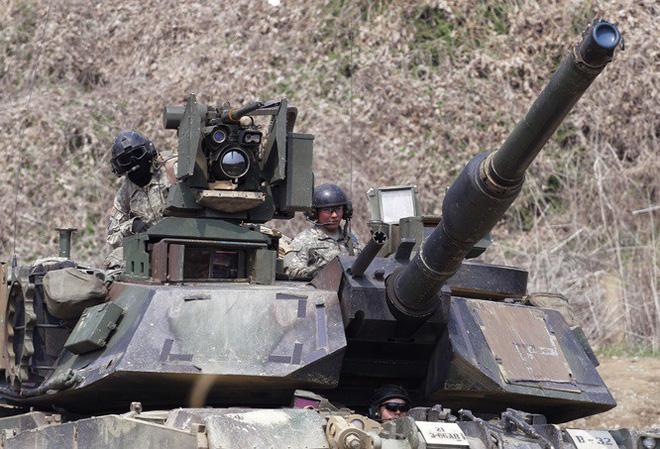 Bán vũ khí cho Đài Loan, các công ty Mỹ  bị Trung Quốc ra đòn trừng phạt - Ảnh 1.