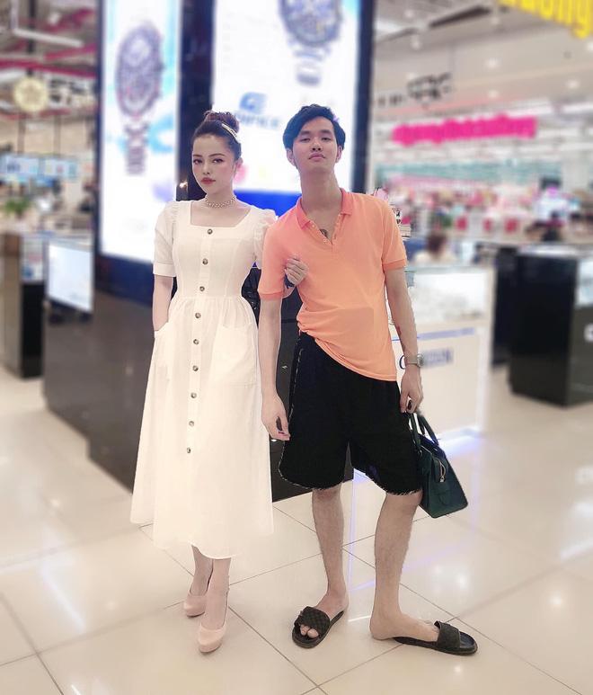 Bức ảnh vợ sang chảnh đứng bên chồng nhếch nhác và quan điểm vợ xấu - vợ đẹp thu hút sự chú ý của dân mạng - Ảnh 1.