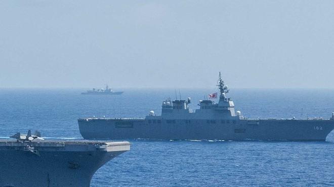 [ẢNH] Tàu trinh sát điện tử Trung Quốc chen ngang cuộc tập trận cực lớn của Mỹ và đồng minh - Ảnh 4.