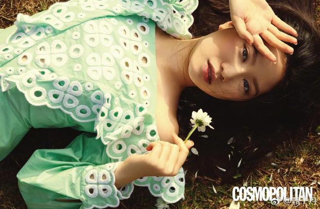 Ái nữ của Chân Tử Đan: 15 tuổi xinh đẹp, sống xa hoa, được giới giải trí săn đón - Ảnh 2.