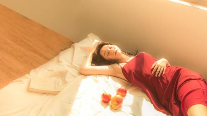 Bất ngờ với hình ảnh gợi cảm của nữ chính phim Mắt biếc - Ảnh 6.