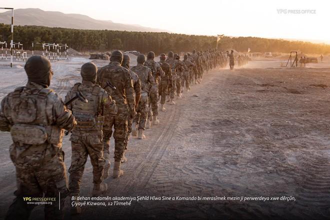 Thổ Nhĩ Kỳ động binh: S-400 đổi lấy 40 nghìn lính Kurd - Mỹ sắp vỡ trận ở Syria - Ảnh 3.