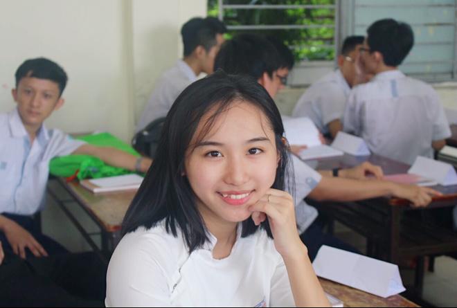 Nữ sinh giành điểm 10 Hóa duy nhất của TP. Hồ Chí Minh trong kỳ thi THPT Quốc gia - Ảnh 1.