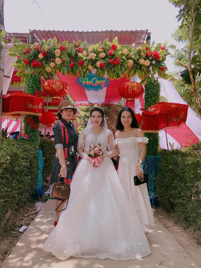 Đám cưới kh.ông chú rể ở Quảng Trị: Ai đến chung vui cũng lén lau n.ước m.ắ.t, thương cô dâu - Ảnh 1.