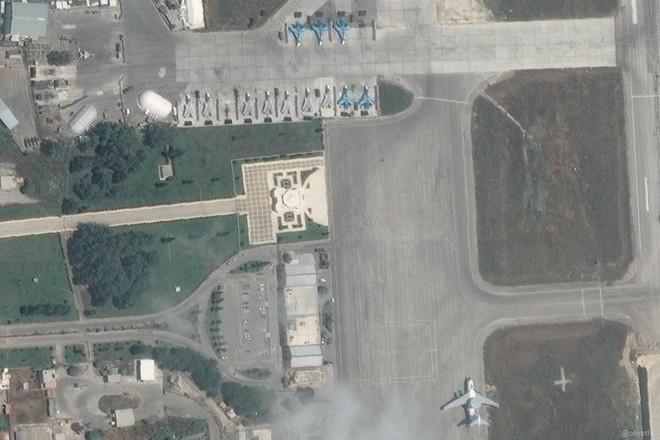 Tiết lộ mới nhất về số lượng máy bay chiến đấu Nga đang ở Syria: Phiến quân thấy mà run! - Ảnh 2.