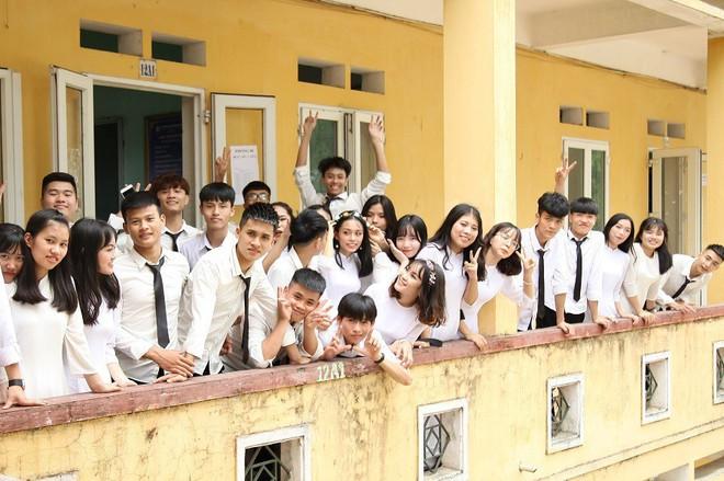 Nữ sinh Hà Nội có điểm thi khối D cao nhất cả nước - Ảnh 3.