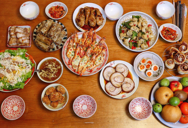 Gái đảm khiến dân tình trầm trồ vì 'xử đẹp' cả món Á, món Âu ngon lành như nhà hàng chỉ với 100k/ bữa - ảnh 15