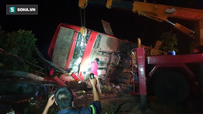 Thông tin mới nhất về sức khỏe của 13 nạn nhân bị thương trong vụ tai nạn lật xe khách - Ảnh 1.