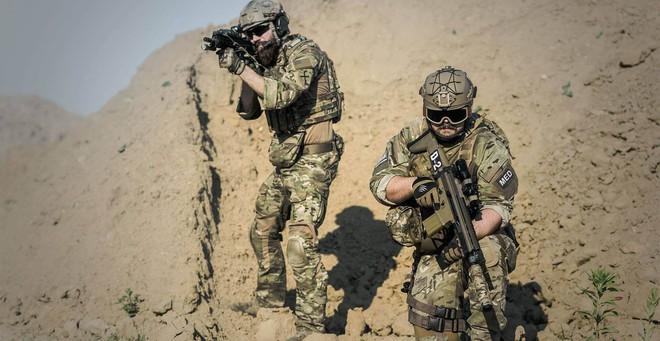 Mỹ-Nga đã có cách biến siêu chiến binh thành người lính bằng da thịt và kim loại? - Ảnh 6.